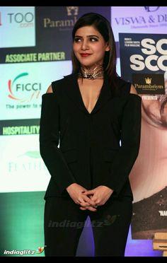 Samantha Photos, Samantha Ruth, Black Saree, Durga, Hot Actresses, Peplum Dress, Bollywood, Actors, Celebrities