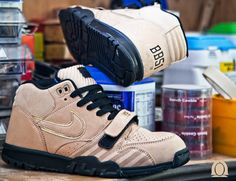 nike-air-trainer-1-mid-prm-nrg-bb51-1