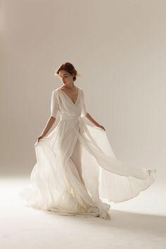 Scarlet Wedding Dress by Rubicon wedding dream Tea Length Wedding Dress, Tea Length Dresses, Wrap Wedding Dress, Bridal Looks, Bridal Style, Lovely Dresses, Vintage Dresses, Bridal Dresses, Wedding Gowns