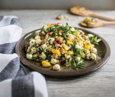 Recette : salade de couscous israélien, bocconcini et mangue