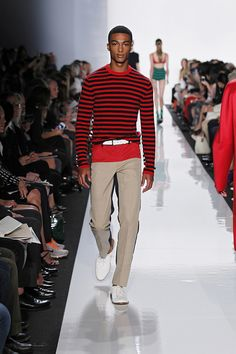 Michael Kors NYFW SS13 - different colour on the back of these pants!