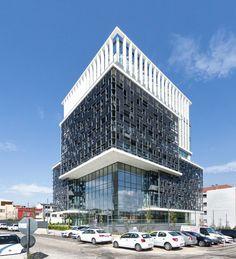 ARCH2O-EWE-Bursagaz-Headquarters-Tago-Architects-03.jpg (JPEG Image, 1634×1800 pixels) - Scaled (37%)