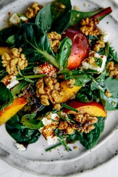This recipe is fresh & light, full of flavour & texture, & super easy to throw together! Necterine Recipes, Chard Recipes, Kitchen Recipes, Nectarine Recipes Healthy, Apple Salad Recipes, Healthy Recipes, Vegetarian Recipes, Koulourakia Recipe, Hair