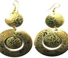Flaunt your #Fashionista status with #copper #dangle earrings.