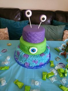 Monsters inc cake #lillyscakepops
