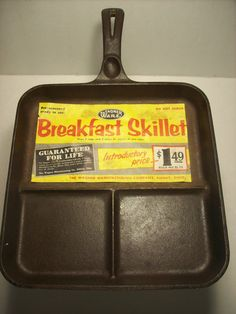 1920's Wagner Ware Breakfast Skillet With by TheGardenAndMore, $119.95 Cast Iron Pot, Cast Iron Dutch Oven, Cast Iron Skillet, Cast Iron Cookware, Cast Iron Cooking, It Cast, Wagner Cast Iron, Griswold Cast Iron, Iron Storage