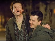 Ian and Mickey - Best TV Couple of American TV Series All Time Poll - Shameless Shameless Scenes, Shameless Tv Show, Series Movies, Movies And Tv Shows, Tv Series, Best Tv Couples, Cute Couples, Shameless Characters, Mickey And Ian