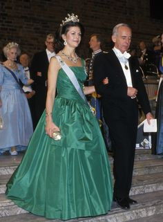 Queen Silvia at the Nobel prize ceremony in 1987 Dress made by Jorgen Bender. Princess Lillian behind the Queen.