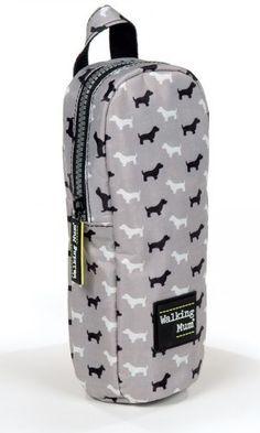 Funda para biberón de la colección Walkie en gris de Walking Mum. Ayuda a mantener la temperatura del biberón más tiempo. Dispone de asa con broche para poder transportarlo fácilmente. Medidas: 9X23X5 cm.