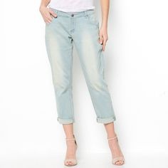 Socially Conveyed via WeLikedThis.co.uk - The UK's Finest Products -   Low Slung Distressed Boyfriend Jeans http://welikedthis.co.uk/?p=7047