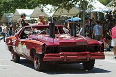 found on the net but cool Demolition Derby Cars, Fast Cars, Antique Cars, Monster Trucks, Racing, Vehicles, Vintage Cars, Auto Racing, Lace