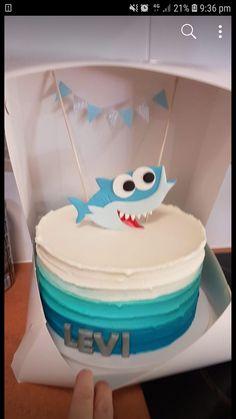 Add a shark and banner to top of cake - Shark Birthday Cakes, Twin Birthday, Boy First Birthday, Boy Birthday Parties, Mermaid Birthday, Birthday Ideas, Baby Shark Doo Doo, My Bebe, Shark Party