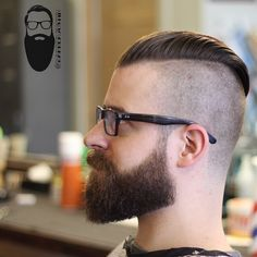 Undercut (long length on top unblended with the sides) #1 on the side, and a beard trim. ##barber #barbers #barberlife #barbershop #sidepart #combover #bonafidepomade #bonafidemattepaste #pomade #pompadour #esquirebarbershop #chicago #chicagobarber #chicagobarbershop #taper #taperit #fade #menshair #menshaircut #mensgrooming #menshairstyle #hair #haircut #hairstyle