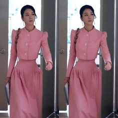 Korean Fashion Dress, Korean Street Fashion, Fashion Dresses, Korean Casual Outfits, Kdrama, Japan Fashion, Aesthetic Clothes, Suits For Women, Fashion Models