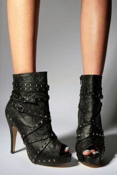 My new boots - Ironfist MANSLAYER PLATFORM BOOTIE