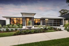 Explore our range of award winning home designs here. Choose your dream home design now with Dale Alcock. Available in Perth or the South-West. Perth, Modern Front Yard, Display Homes, New Home Designs, Facade House, House Front, Modern House Design, House Colors, Exterior Design
