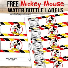 Grab your copy of these adorable free Mickey Mouse water bottle labels party printables, and while you're at it, get all the details for how to make sure that your drink labels stay perfect during your birthday party too. Mickey Mouse Birthday Decorations, Mickey Mouse Clubhouse Birthday Party, Mickey Birthday, Mickey Mouse Photo Booth, Mickey Mouse Photos, Mickey Mouse Water Bottle, Printable Water Bottle Labels, Drink Labels, Baby Shower