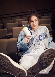 Red Velvet Seulgi for Converse 'Keep liking what you like' 2020 Campaign. Red Velvet Seulgi, Red Velvet Irene, Kpop Girl Groups, Kpop Girls, Korean Girl, Asian Girl, My Girl, Cool Girl, Velvet Wallpaper