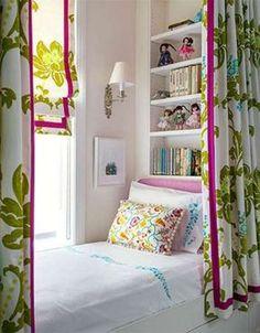 Είτε θέλετε να ανανεώσετε την διακόσμηση του παιδικού δωματίου, είτε απλά είστε στη φάση που φτιάχνετε το δωμάτιο της κόρης …