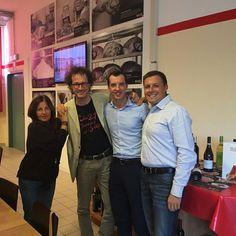 Un incredibile pomeriggio tra amici in compagnia di Andro Merkù e la sua famiglia.. #divertimento, #risate e #progetti da #Masè!   Visita il nostro sito www.cottomase.it  #cottomase #cottotrieste #slowfood #streetfood #gamberorosso #tradizione e #gusto #cracco #bastianich #giallozafferano  #foodporn #Expo2015 #Milano #food  #eat #eating #italian #italy #ham #made #in #trieste #cotto #quality #masterchef #chef