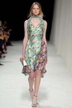 Nina Ricci Spring 2014 Ready-to-Wear Fashion Show - Holly Rose Emery (Next)