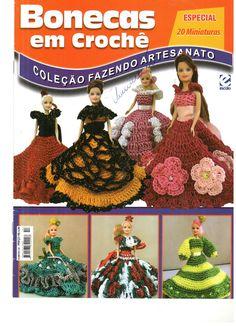 Barbie Crochê Miniaturas e Coisas Mais - De Tudo Um Pouco e Muito Mais: Vestidos de crochê Para Bonecas de 15 cm- Mais Uma Brasileirinha em Verde e Amarelo Para a Copa de 2014