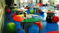 schulmöbel moderne lösungen farbige möbelstücke