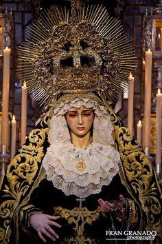 Imágenes Cofrades Fran Granado: Donde radica la belleza de una madre. Soledad Serv...