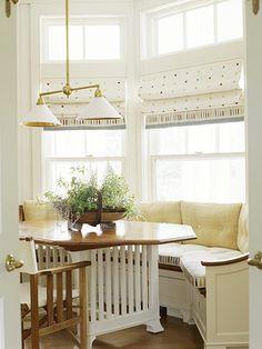 Octagon table w/ bay window seating Kitchen Banquette, Dining Nook, Kitchen Nook, Kitchen Ideas, Bay Window Benches, Window Seats, Window Blinds, Window Seat Kitchen, Kitchen Curtains