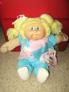 Vintage 1983 Cabbage Patch Doll Blonde Yarn Hair w/Original Tag #Dolls