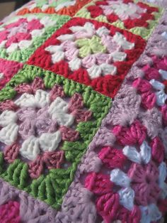 Who says red and green are for Christmas? Springtime happens with just the right versions! (plus lots of pink and white LOL) Ravelry: iinu's Granny Square Cushion