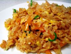 How to Make Thai Fried Rice --  1 onion chopped 1/2 cup zucchini 2 tbsp garlic 3 cups cooked basmati rice 4 baby corn finely chopped 3/4 tbsp red curry paste 2 green chillies chopped 1 tbsp oil 1 tbsp soya sauce salt to taste