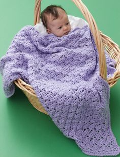 This One Skein Lilac Blanket is the best free crochet pattern to make for any little baby in your life. Beautiful light purple yarn makes this an excellent choice for a spring baby, but use any color Caron One Pound yarn for this crocheted afghan. One Skein Crochet, Crochet Baby Beanie, Quick Crochet, Baby Blanket Crochet, Free Crochet, Easy Crochet Shawl, Crocheted Baby Afghans, Crocheted Blankets, Crochet Bags