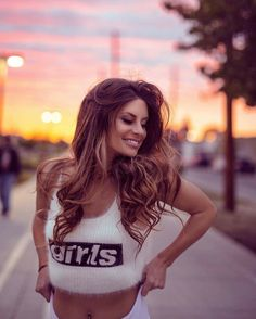 Simply, I post beauty wherever I find it. Hannah Stocking, Ariana Grande, Crop Top Bikini, Celebs, Celebrities, Swagg, Photography Poses, Beautiful People, Pony Tails