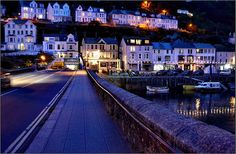 Looe, Cornwall - Mine and Hubby's favourite place Places In Cornwall, Devon And Cornwall, Cornwall England, Cool Places To Visit, Places To Travel, Wales, Polperro Cornwall, Wonderful Places, Beautiful Places