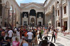 Palacio Diocleciano en Split by La Mochila de Mamá, via Flickr