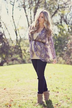 maternity street style  Kelly Hicks