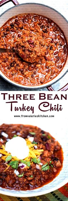 ground turkey tacos This Three Bean Turkey Chili is packed with lean ground turkey, three kinds of beans, and Mexican spices to satisfy even the heartiest of appetites! Chilli Recipes, Healthy Recipes, Soup Recipes, Recipies, Dinner Recipes, Lean Meat Recipes, Bean Recipes, Kitchen Recipes, Healthy Meals