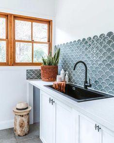 Hexagon Mosaic Tile, Hexagon Backsplash, Kitchen Flooring, Kitchen Backsplash, Kitchen Reno, Scallop Tiles, Fish Scale Tile, Feature Tiles, Herringbone Tile