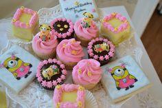Girl Minion desserts
