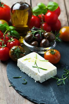 Greek cheese feta with rosemary and olives by Oxana Denezhkina on Feta Cheese Nutrition, Green Grapes Nutrition, I Love Food, Good Food, Yummy Food, Awesome Food, Santorini, Greek Cheese, Healthy Food Choices