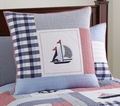 Pottery Barn Kids offers kids & baby furniture, bedding and toys designed to delight and inspire. Patchwork Cushion, Quilted Pillow, Red Bedding, Quilt Bedding, Cute Pillows, Bed Pillows, Quilting Projects, Sewing Projects, Deco Marine
