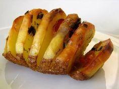 Ελληνικές συνταγές για νόστιμο, υγιεινό και οικονομικό φαγητό. Δοκιμάστε τες όλες Greek Recipes, Cheesesteak, Cooking Time, Hot Dog Buns, Finger Foods, Baked Potato, Roast, Recipies, Potatoes