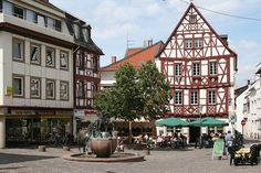 Rossmarkt in Alzey  Live one block away, across from the church.