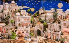 Come fare un presepe Diy Nativity, Christmas Nativity Scene, Christmas Villages, Community Building Activities, Tumbler Stickers, Birth Of Jesus, Bible Crafts, Christmas Decorations, Holiday Decor