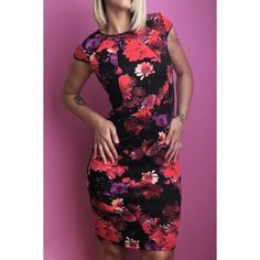 """Floral pencil cocktail dress Gorgeous floral pencil cocktail dress, in brand new condition!! Has tags! Size is 6P, but I am 5'9"""" and can work great for you if you're tall as well! Dresses Midi"""