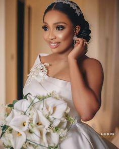 Wedding Goals, Wedding Pics, Wedding Ceremony, Dream Wedding, Wedding Things, Wedding Ideas, Bridal Beauty, Bridal Makeup, Classy Wedding Dress