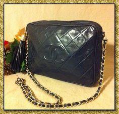 Vintage Chanel Quilted Leather CC Camera Crossbody Bag Handbag Purse °RARE° Navy