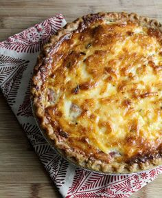 Savory Tomato Pie, This recipe is a bit dif from mine, i omit cheese in crust, just do a traditional crust and use parmesian cheese mixed in with the mayo instead...salt pepper, some fresh basil, and you're all set, great with a salad for summer lunch or as a side dish with dinner! Made it all the time when i had bumper crops of heirloom tomatoes...try it! Heirloom Tomatoes, Garden Tomatoes, Heirloom Tomato Recipes, Veggie Dishes, Vegetable Recipes, Tomato Dishes, Vegetarian Recipes, Empanadas, Gratin