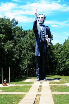 World's Largest Abraham Lincoln StatueAshmore/Charleston, Illinois